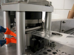 Part lenses packaging machine