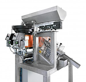 TIP assembly machine